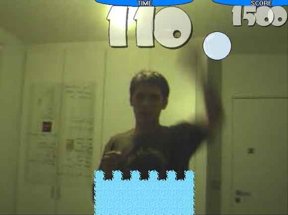 MUO Games - Great Webcam Gaming With Webcam Mania snowballs
