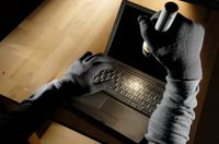Internet Security: How Criminals Hack Other Peoples Computers computer theif