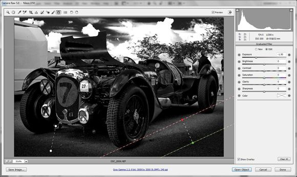 how to create a color and black and white picture in photoshop
