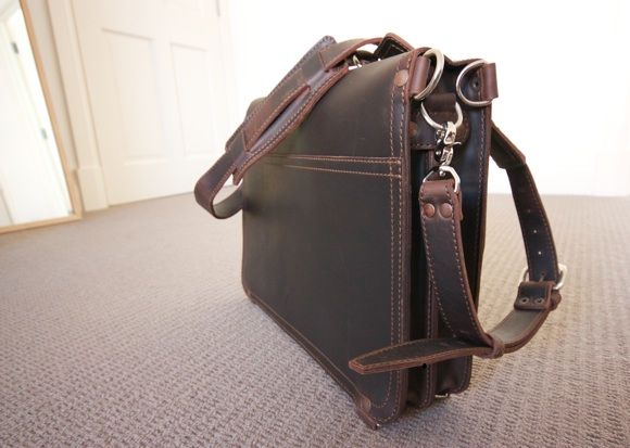 Saddle Up! Leather Laptop Bags & iPad Sleeves Up For Grabs [Giveaway] IMG 1976