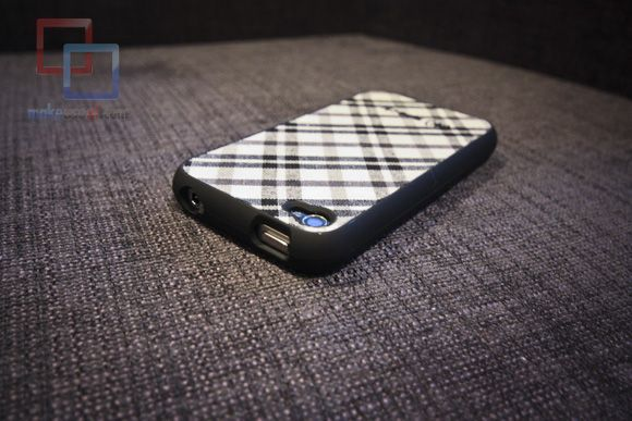 MakeUseOf Review & Giveaway: Fitted iPhone 4 Case by Speck IMG 2158 copy