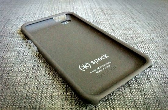 Speck Fitted Case for iPod touch Review and Giveaway fittedipod3