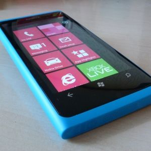 10 Reasons To Buy Windows Phone 7 [Opinion]