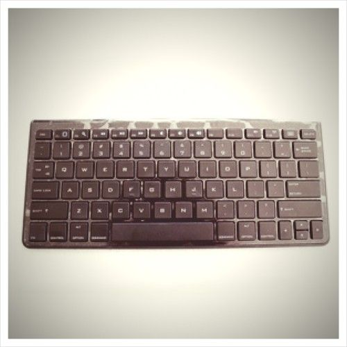 AmazonBasics Bluetooth Keyboard Review and Giveaway