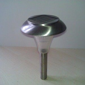Strip Down & Recycle Old Garden Solar Lamps For Tech Projects