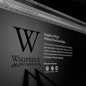 The Origins of Wikipedia: How It Came To Be [Geek History Lesson]
