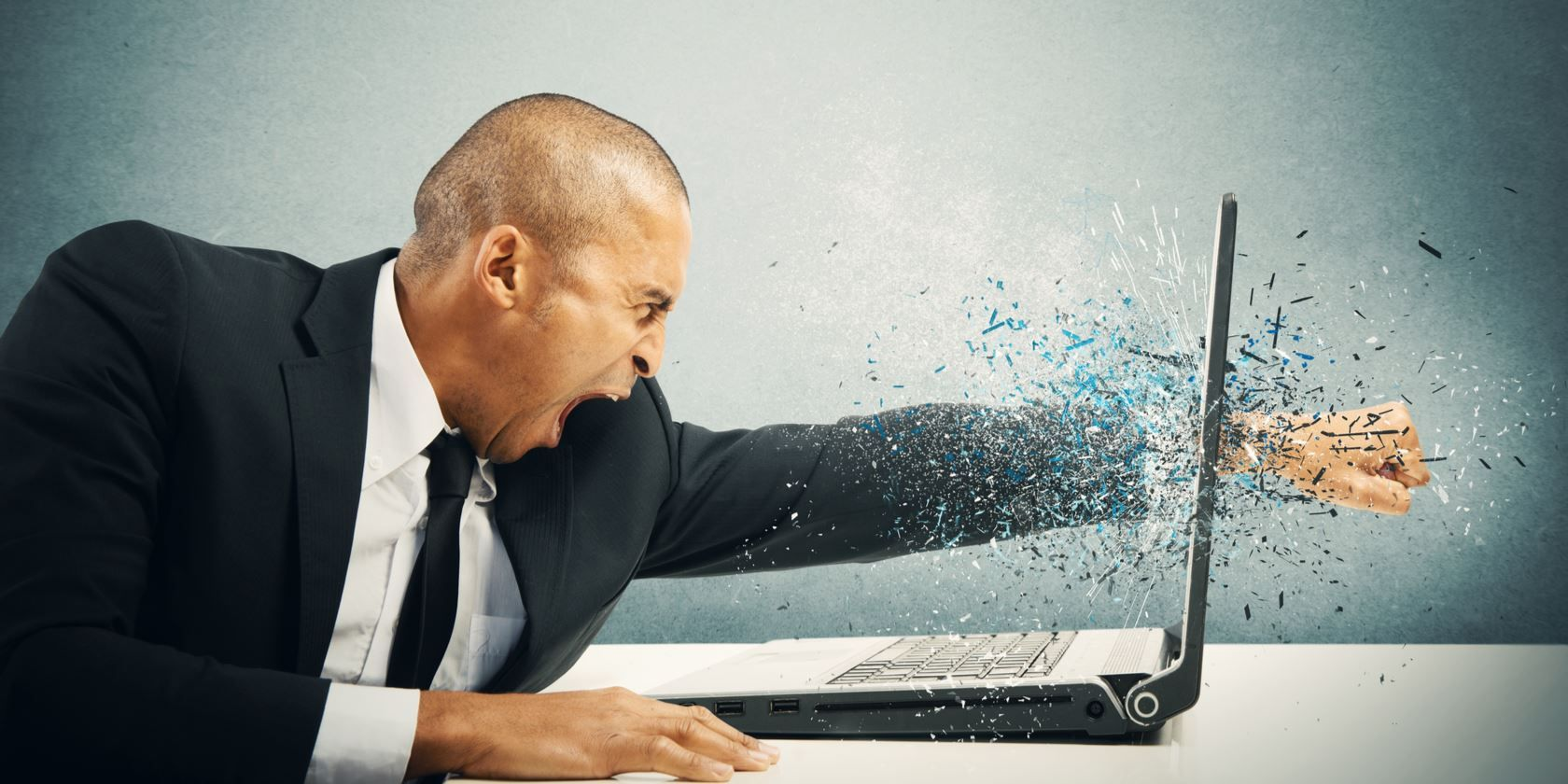 5 Habits That Are Destroying Your Laptop