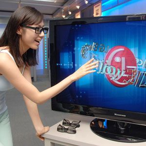 3D TVs: What They Are, How They Work, & What Can They Show In 3D? [MakeUseOf Explains]