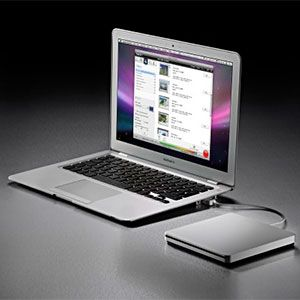 Why Your MacBook Air Has No Optical Drive & 4 Reasons Why This Isn't a Problem