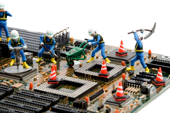Why You Should Never Ask Friends or Family to Fix Your Computer [Opinion] Construction Site