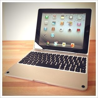 ClamCase Pro iPad Keyboard Case Review and Giveaway