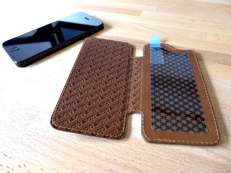 vaja nuova pelle case review