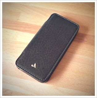 Vaja Nuova Pelle iPhone 5 Case Review and Giveaway