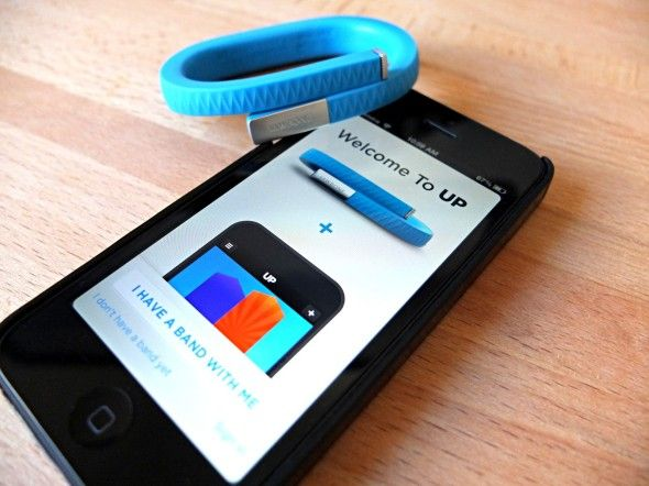 Not The Apple Watch: 9 Other iPhone-Friendly Wearables fitbit flex jawbone up review 9 590x442