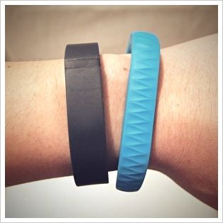 Fitbit Flex vs. Jawbone UP: A Comparative Review