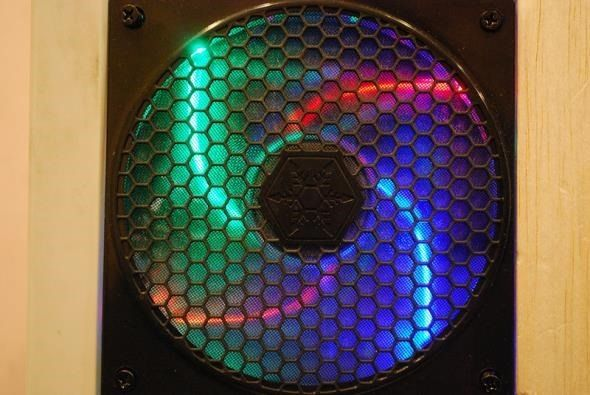 computer-case-fan-with-leds