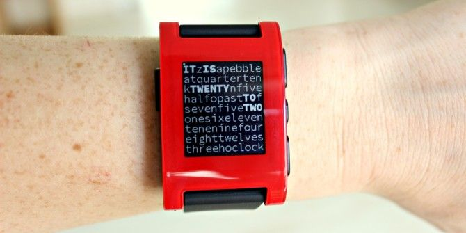 Pebble Smartwatch Review & Giveaway