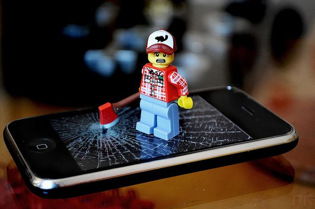 AppleCare: What Are Your Options & Is It Really Worth It? lego iphone break