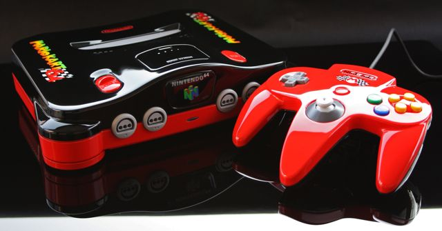 15 Awesome Custom-Painted Nintendo Consoles and Controllers nintendo 4