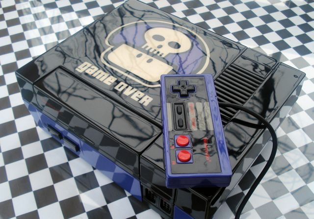 15 Awesome Custom-Painted Nintendo Consoles and Controllers nintendo 5