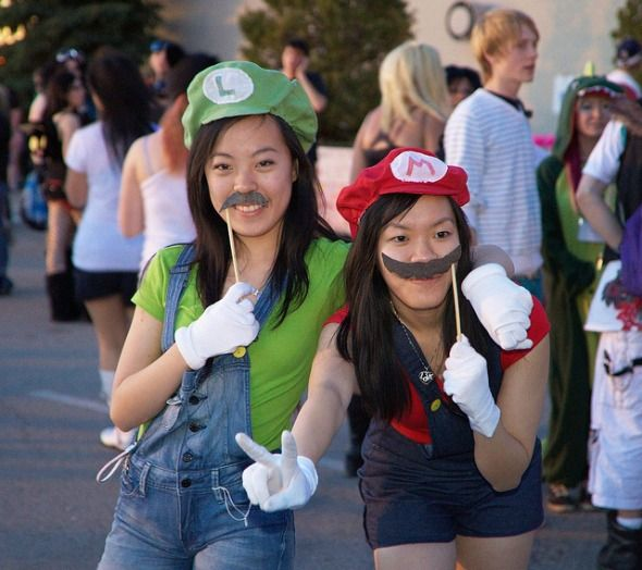4 Ways Parents Can Educate Themselves On Video Games super mario cosplay