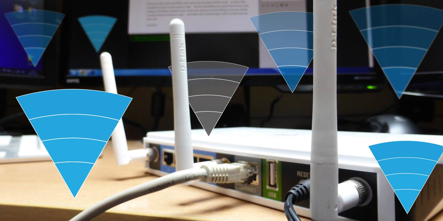 """What Is a Wireless """"Dead Zone""""? Here's How to Spot and Fix Them"""