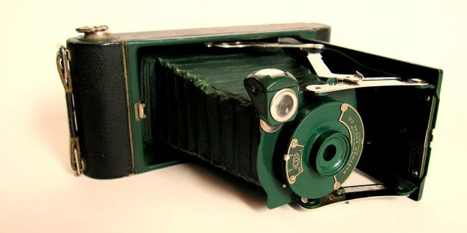 Make Your Digital Photos Look Like They Were Taken with Kodak's First Camera