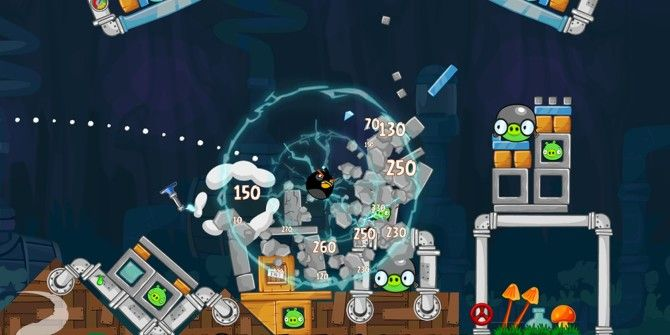Angry Birds Updates With 30 New Levels, 'Shock Fuse' Bomb Bird & Pig Potions