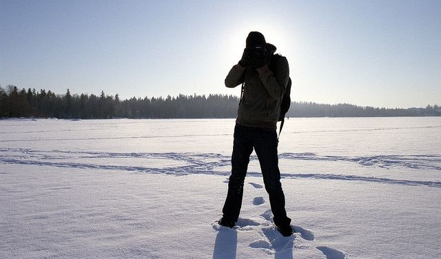 Winter-Photography-Tips-Dress-Warm