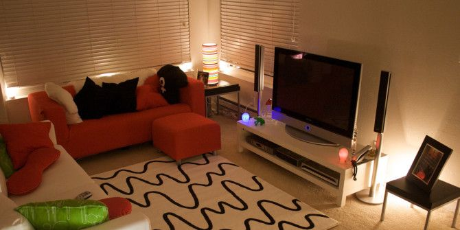 TV Buying Guide: How To Pick The Right TV For Your Living Room