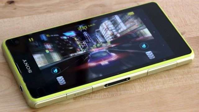 xperia z1 compact review