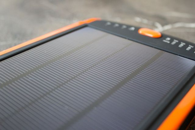 Poweradd Apollo Pro 23,000mAh Solar Battery and Charger Review and Giveaway poweradd apollo pro 23000 solar battery pack review 8