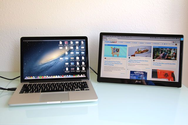 aoc-monitor-macbook-comparison