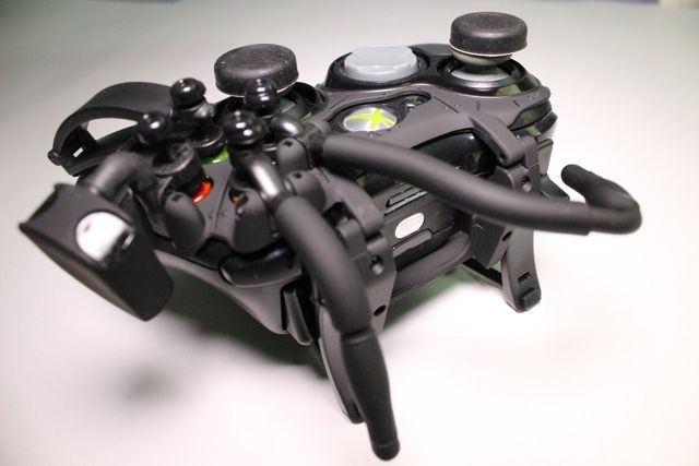 Avenger Elite Defcon F4 Review And Giveaway avenger elite defcon f4 xbox controller review 11