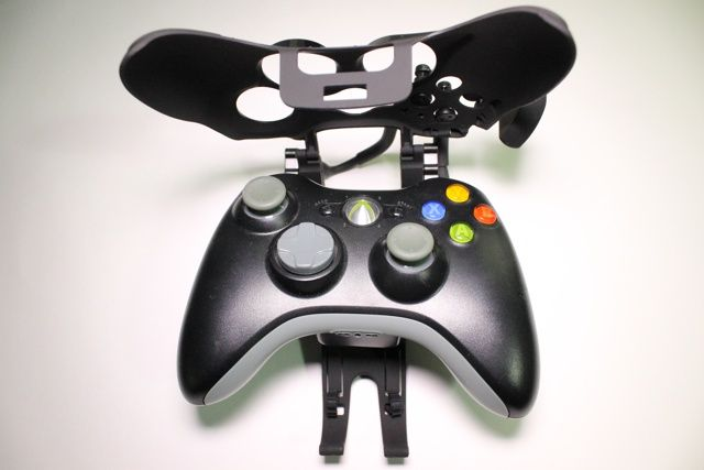 Avenger Elite Defcon F4 Review And Giveaway avenger elite defcon f4 xbox controller review 6
