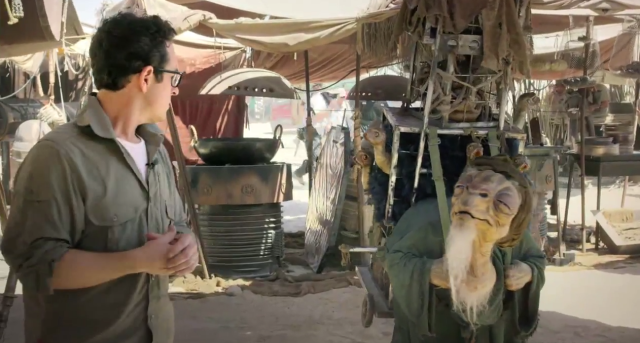 Do You Want To Be In The New Star Wars Movie? J J Abrams Is Offering You The Chance starwarsjj 640x343