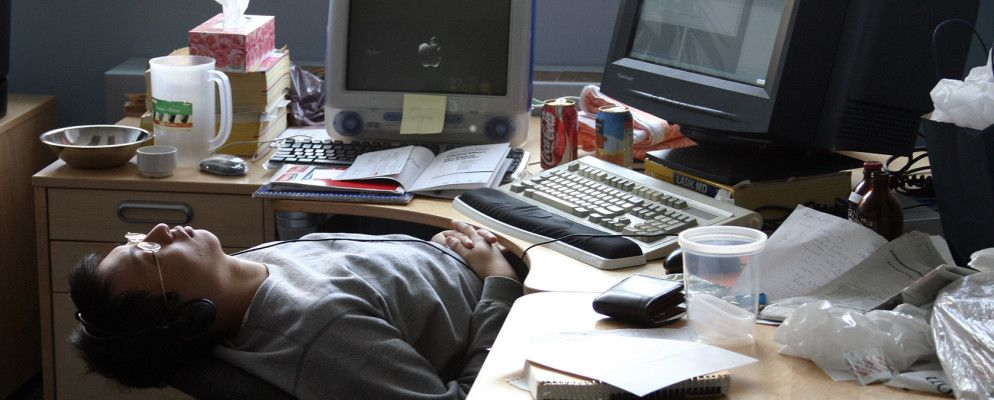 8 Ways To Beat Afternoon Slumps Productively When You Work Alone