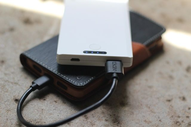Kinkoo Infinite One Portable Battery Bank Review and Giveaway kinkoo infinite one review 7