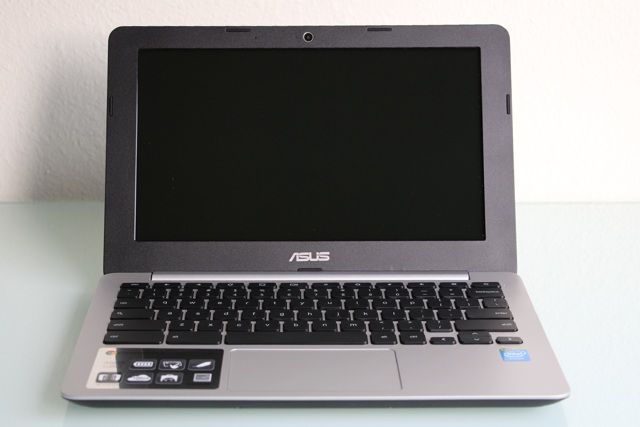 ASUS Chromebook C200MA-DS01 Review and Giveaway asus chromebook c200ma review 4