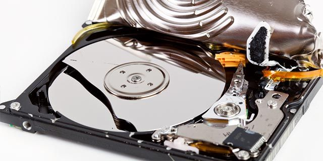 hard-drive-lifespan-physical-damage