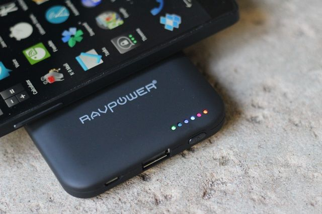 RAVPower RP-WCN11 Wireless Power Bank Review and Giveaway ravpower wcn11 review 3
