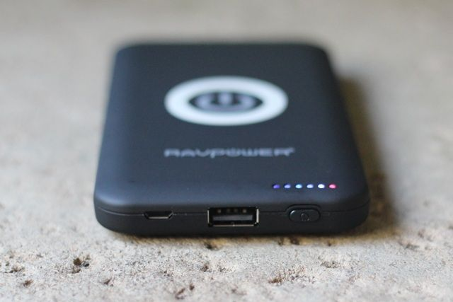 RAVPower RP-WCN11 Wireless Power Bank Review and Giveaway ravpower wcn11 review 4