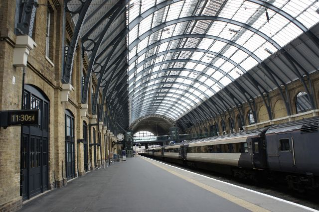 kings-cross-station-platform