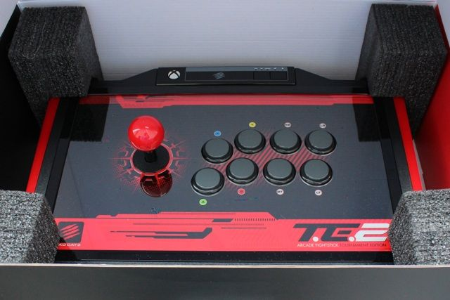 Mad Catz Arcade FightStick Tournament Edition 2 Review And Giveaway mad catz arcade fightstick tournament review 1