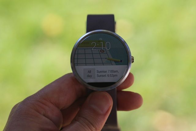 Motorola Moto 360 Android Wear Smartwatch Review and Giveaway motorola moto 360 android wear smartwatch review 7