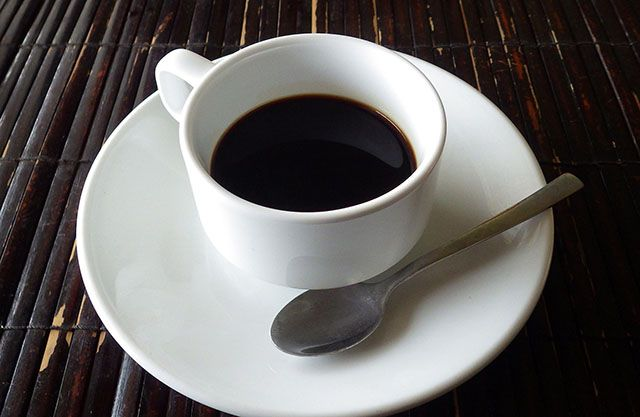 Can't Put Off Email Every Morning? Try This Ritual Instead morning coffee