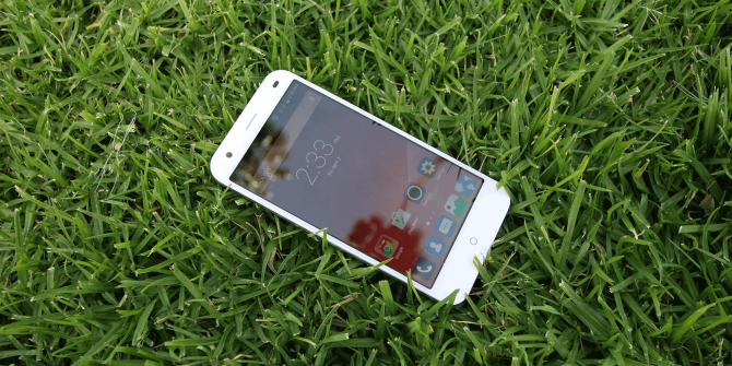 ZTE Blade S6 Review and Competition