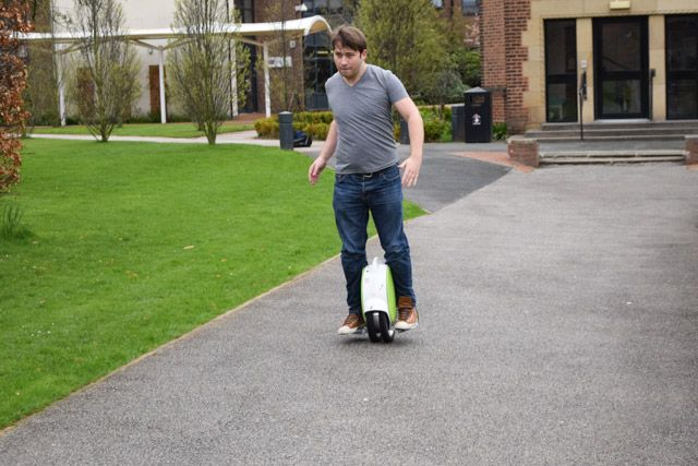 airwheel q5 in use