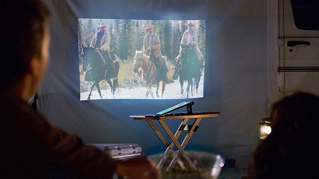 Android-tablet-which-should-I-buy-things-to-consider-special-features-projector-2