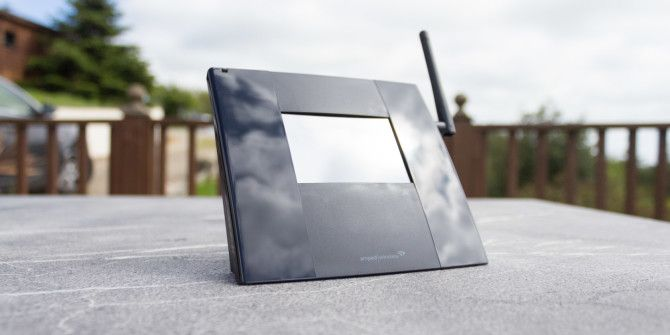 Amped Wireless TAP-R2 Touchscreen Router Review and Giveaway